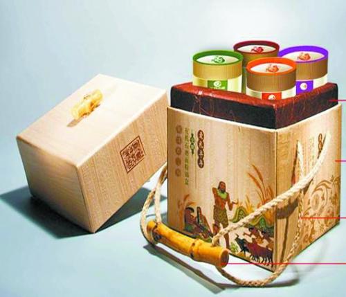 而且符合金字塔结构给出的比例:面粉做的饺子皮——谷物类食品,青菜—