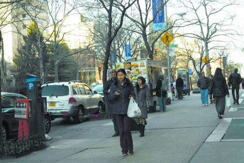 """在纽约摆摊的""""洛阳大叔""""要开饭店"""