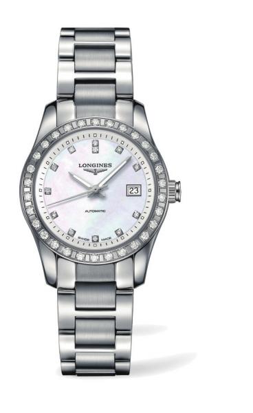 腕表防水功能达5个大气压,螺旋式表背配以蓝宝石水晶.图片