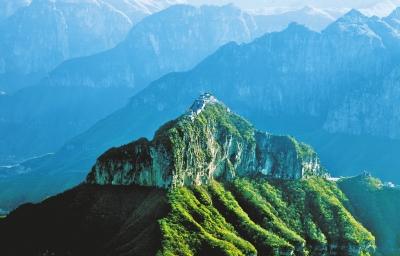 山——最惊险的挂壁公路回龙·天界山景区的精华部分在清峰关老爷顶