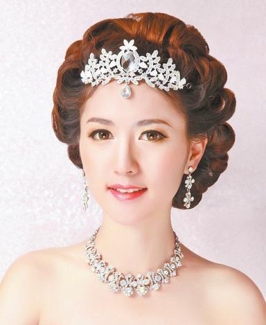 中式新娘盘发图解步骤