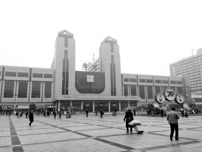 郑州火车站东西广场通道仍在纸上!直线仅400多米坐公交车却要绕行要50分钟