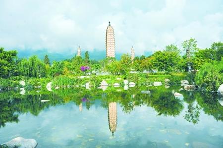 国内主要的赏梅胜地有江苏南京梅花山,浙江杭州西湖,余杭的超山,广东