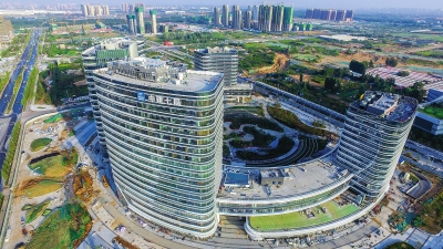 和景观方案设计,由中海物业进行物业咨询管理服务,在功能,交通,建筑