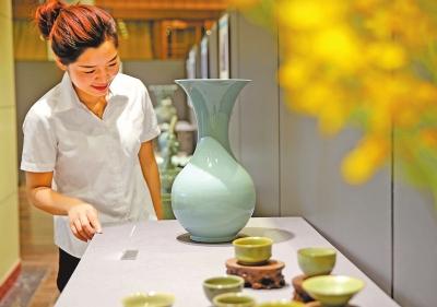 宝丰县首届汝窑陶瓷文化节开幕