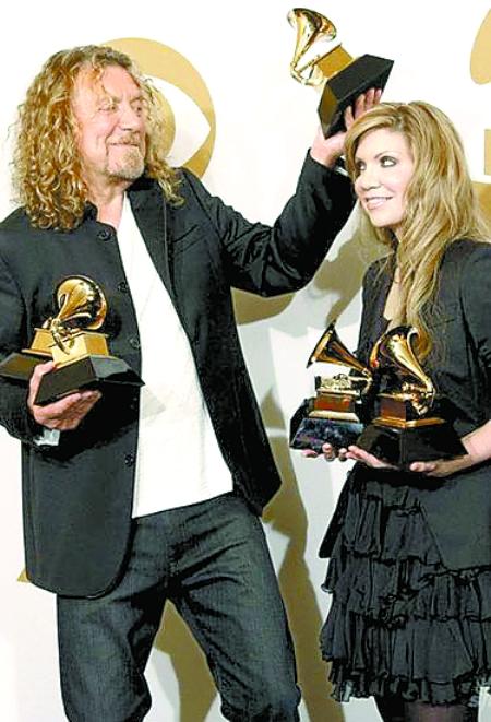 此前获得8项提名的美国说唱歌手李尔·韦恩最终获得最佳说唱歌手,最佳图片