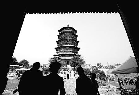 最古老的木结构楼阁式佛塔.