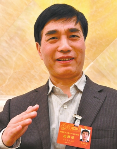 带动百万创客创业创新——访河南省人大代表朱献福