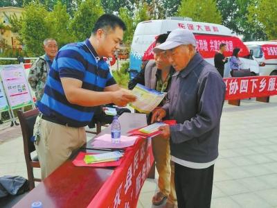民权县开展送科技下乡活动