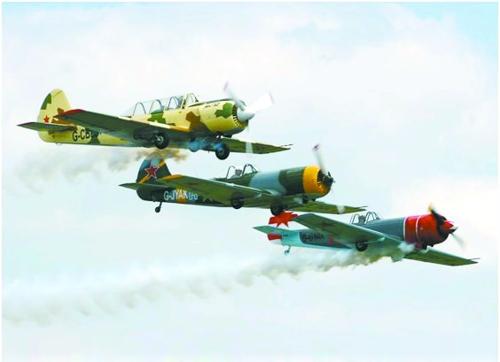 美国的莱特兄弟完成了人类首次持续的,可操纵的动力飞行,这次飞行开创