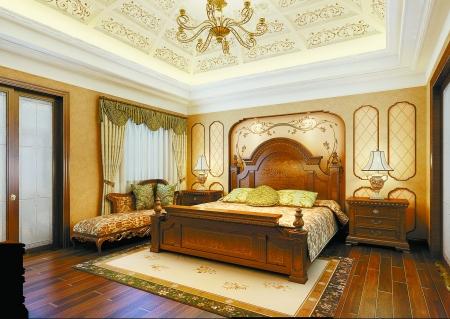 欧式风格的吊顶让人仿佛置身于皇家宫殿