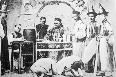 让我们从清朝最为著名的师爷汪辉祖的一个亲身经历说