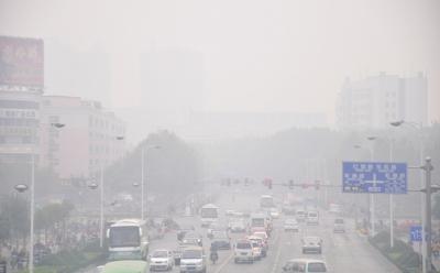 望去雾霾笼罩