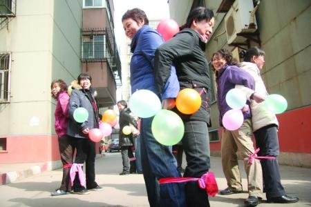长气球花样扎法步骤