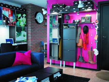 玄关的鞋柜还是客厅的博古架,都会在设计中个性十足,完美实用