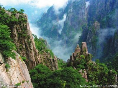 位于河南信阳市南,为低山丘陵风景