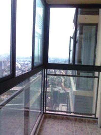 主卧室相邻的阳台是主阳台