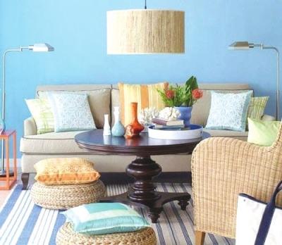 室内家具偏欧式复古,优美的弧线更添几分优雅气质
