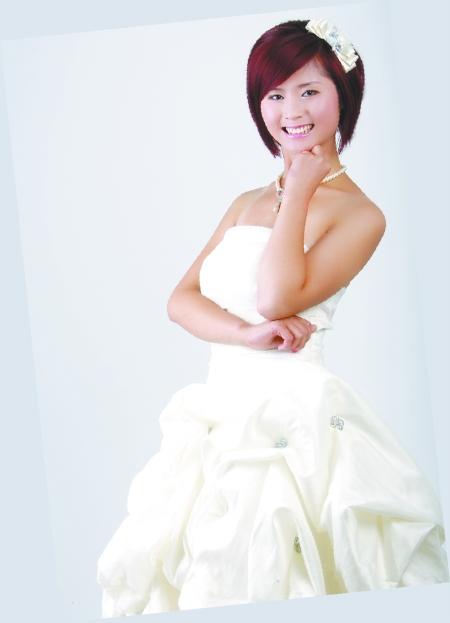 俏皮新娘   短发的新娘更适合活泼和可爱的造型