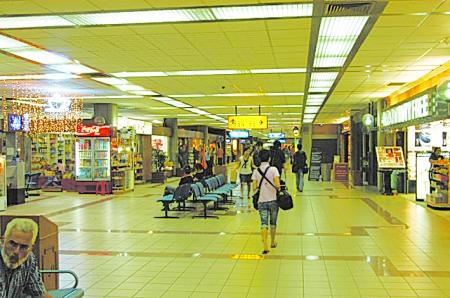巴厘岛免税店(dfs galleria)位于kuta