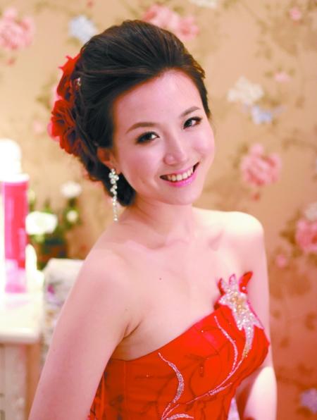 专业化妆造型课程火热报名中欢迎咨询 太原新娘跟妆 免费