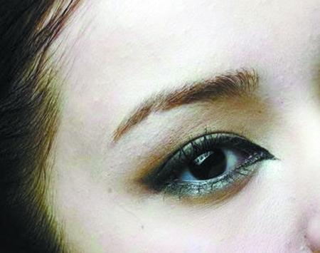 美眼物语:单凤眼的女生素颜也很漂亮