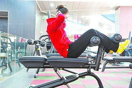健身房拉伸器械图解
