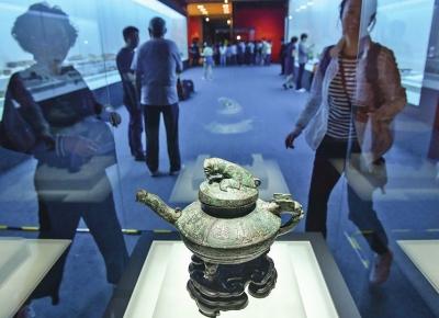 国宝们,欢迎回家!龙门石窟8件文物亮相国家博物馆_讲述70载流失文物回归之路