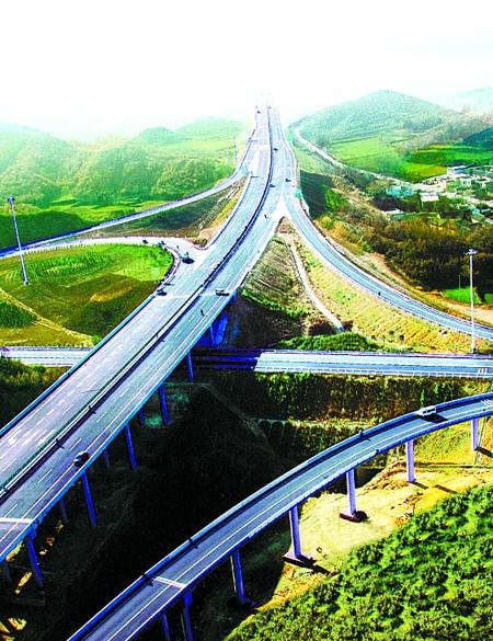 目前河南经济总量在全国_河南近期经济发展状况